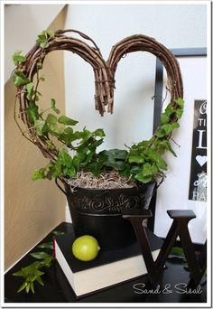 How to make a Live Topiary : Sand & Sisal
