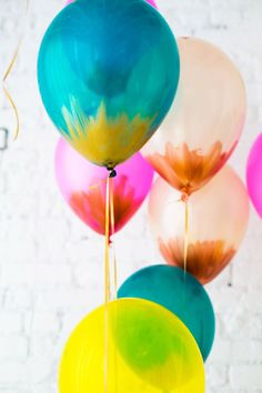 color palettes, balloons diy, helium balloons, vibrant colors, brush stroke