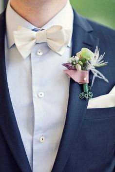 Crisp white handkerchief and bow tie #Colgate #OpticWhite #WeddingMonth http://bit.ly/1lc9DHM