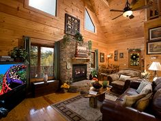 Cabin in the Smoky Mountain of TN - Country Charm  Majestic Mountain Vacations...888-335-9010