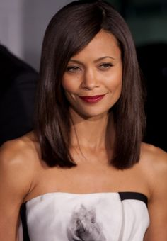 2013 Medium Straight Hairstyles for Women
