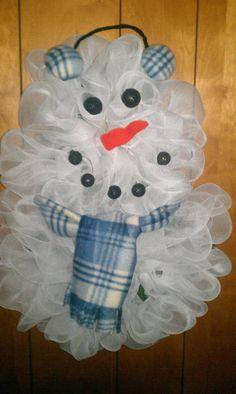 Mesh Snowmanhttp://www.facebook.com/SassyGirlCreations