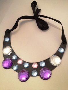 Maxi colar com pedras   http://donadomingas.tanlup.com/product/362562/maxi-colar-com-pedras#