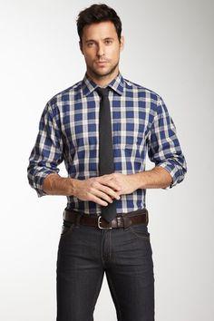 Plain, jeans, tie.