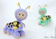 Кнопы Гусенички - вязанная игрушка,маленькая игрушка,игрушка крючком,гусеница