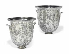 A PAIR OF FRENCH SILVER ELECTROPLATED JARDINIERES -  AFTER THE HILDESHEIM VASE, BY CHRISTOFLE & CIE, PARIS, THIRD QUARTER 19TH CENTURY