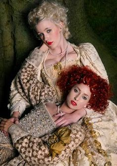 Elizabethan girl-on-girl action (& redhead)
