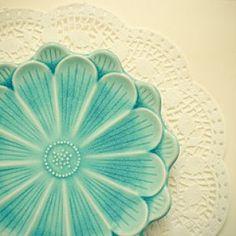 Tiffany blue - mylusciouslife.com - Beautiful blue plate.jpg