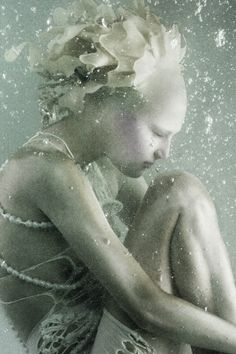 The girl from Atlantis by Sølve Sundsbø for Vogue Nippon