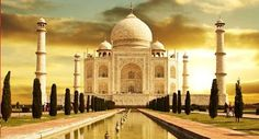 Incredibleholidayindia.com offers one day trip to Delhi Taj Mahal, Agra and Fatehpur Sikri, located on the outskirts of Agra