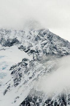 ∞ || mountain