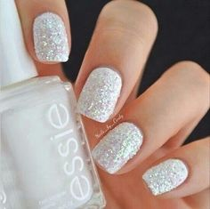 white nails with sparkles, glitter nails, sparkle nails, glittery white nails, snowflak glitteri