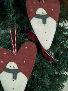 Frosty Heart Ornaments by LookHappyShop, via Flickr