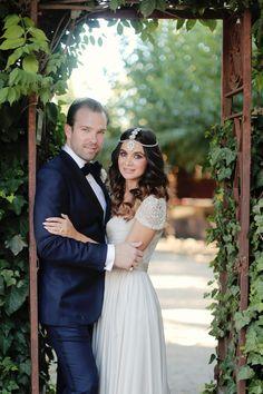 Stylish California Wedding - The Bride Wore A Reem Acra Wedding Dress