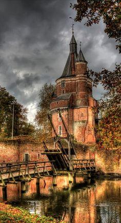 Duurstede Castle, the oldest Medieval Castle in #Netherlands