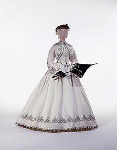 1862-64. Cotton. American. Nice parasol too.