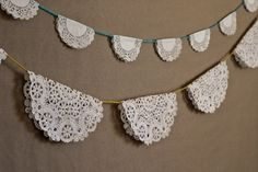 glam up the old snowflake doilies with this simple idea