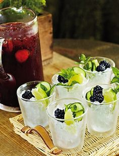 These delicious blackberry and mint cocktails reach out to the summer season like nothing else.
