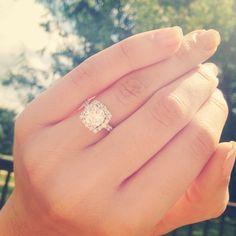 Halo engagement ring #engagementring #ring #halo #engaged