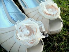 Flower clips for shoes. :)