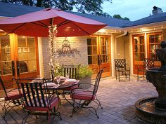 Courtyards for Entertaining : Outdoors : Home & Garden Television