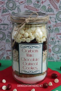 DIY Holiday Gift: Cranberry White Chocolate Oatmeal Cookie in a Jar. The printable label and directions for this gift are included in the post.  #diy #christmas #gifts #cookies #masonjar