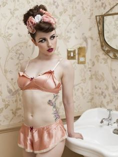 now this is cute! @Tiana Wanson fashion glamour, silk, powder room, lingerie, vintage, satin, peach, pink, retro hairstyles