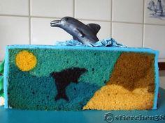 Dolphin+cake