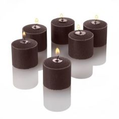 Set of 72 votive candles in brown cinnamon bun. Perfect for weddings and events.