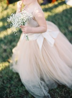 Give your #flowergirl a bundle of baby's breath in lieu of a traditional basket or bouquet!