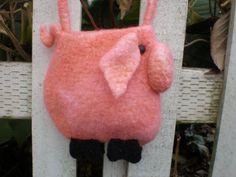 a pig pattern crochet, felt wool, crochet felt, mini pigs, dewey stuff, minis, fantast stuff, felted wool, bags