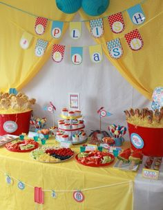 Great summer party dessert table #desserttable