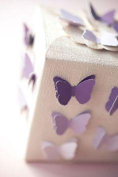 Caja para regalo con mariposas 3