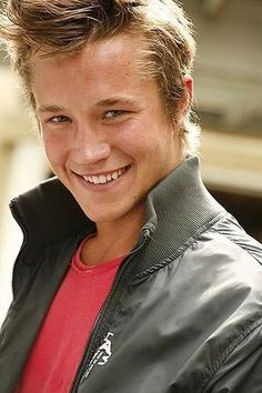 shirt smile, roux red, red shirt, celebr guy, nick roux