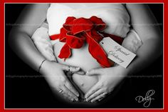 Such a cute idea! May have a few bump pictures added in with my Christmas pictures!