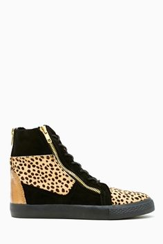 Nathan Sneaker by #BetseyJohnson