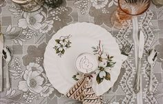 vintage plate setting and jam favors