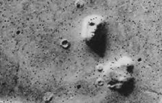 A mysterious face found on Mars. This is a real photo of the surface of Mars taken by Viking 1 in 1976.