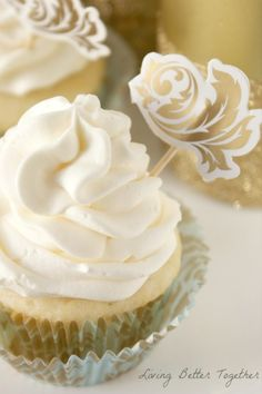 champagn cupcak, chocol raspberri, chocolates, champagne, cupcakes, food, white chocolate, raspberri champagn, live better