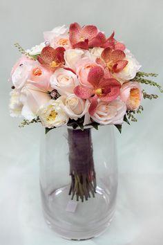 wedding flowers peach