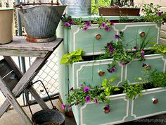 Creative Planters: This dresser doubles as a planter #recycle #diy #craft