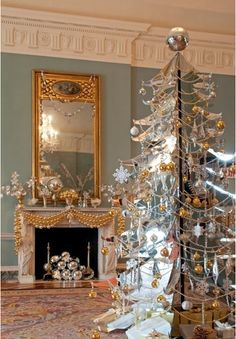 Silver and gold Christmas. Interior Design Community on G+