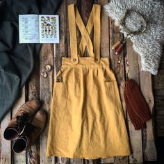 Apron Dress Women Ochre | Apron Dress | kleine-schobbejak
