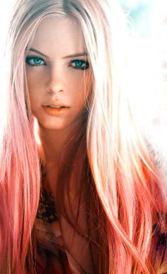 Peachy pink dip dye hair