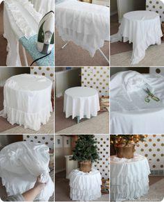 DIY ruffled tree skirt - thehouseofsmiths.com