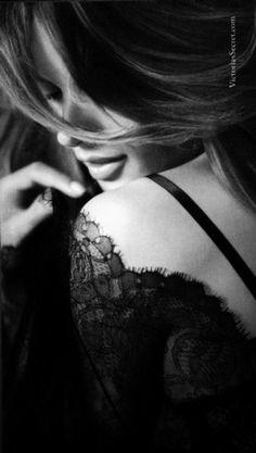Boudoir Photography  l  Black & White