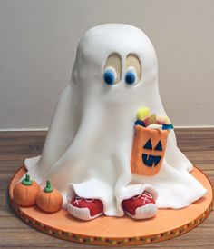 Darling~Ghost Cake!!! #Favorite #halloween #Recipes #Snacks #Spooky #Scary #Gross #Treat