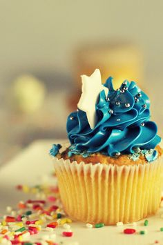 Vanilla Cupcake with Blue Decorative Icing