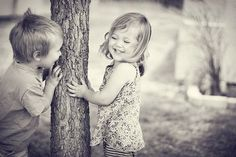 Seriously... just adorable <3 famili, little ones, children, sibling pictures, kids playing, childhood, inspiring pictures, black, friend