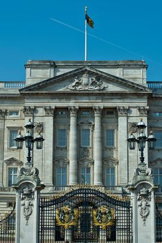 When the Queen heads off to Scotland on her annual summer holiday, Buckingham Palace's 19 State Rooms open up to visitors.